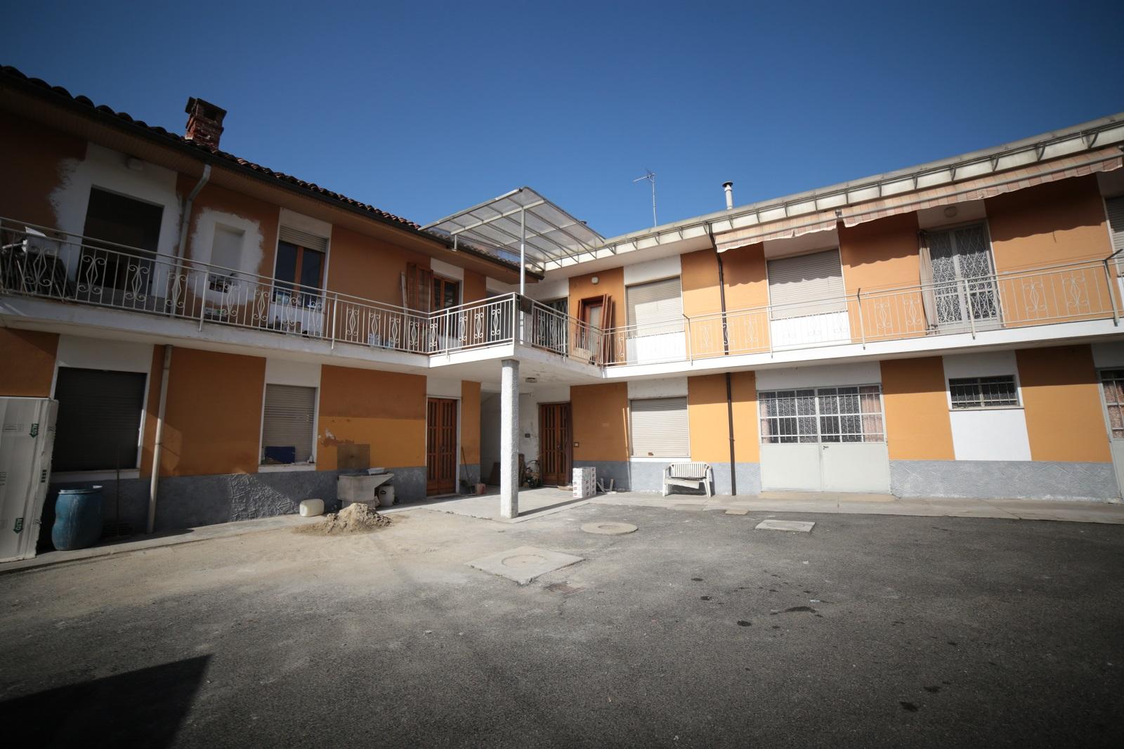 Foto 1 di Stabile - Palazzo Carmagnola