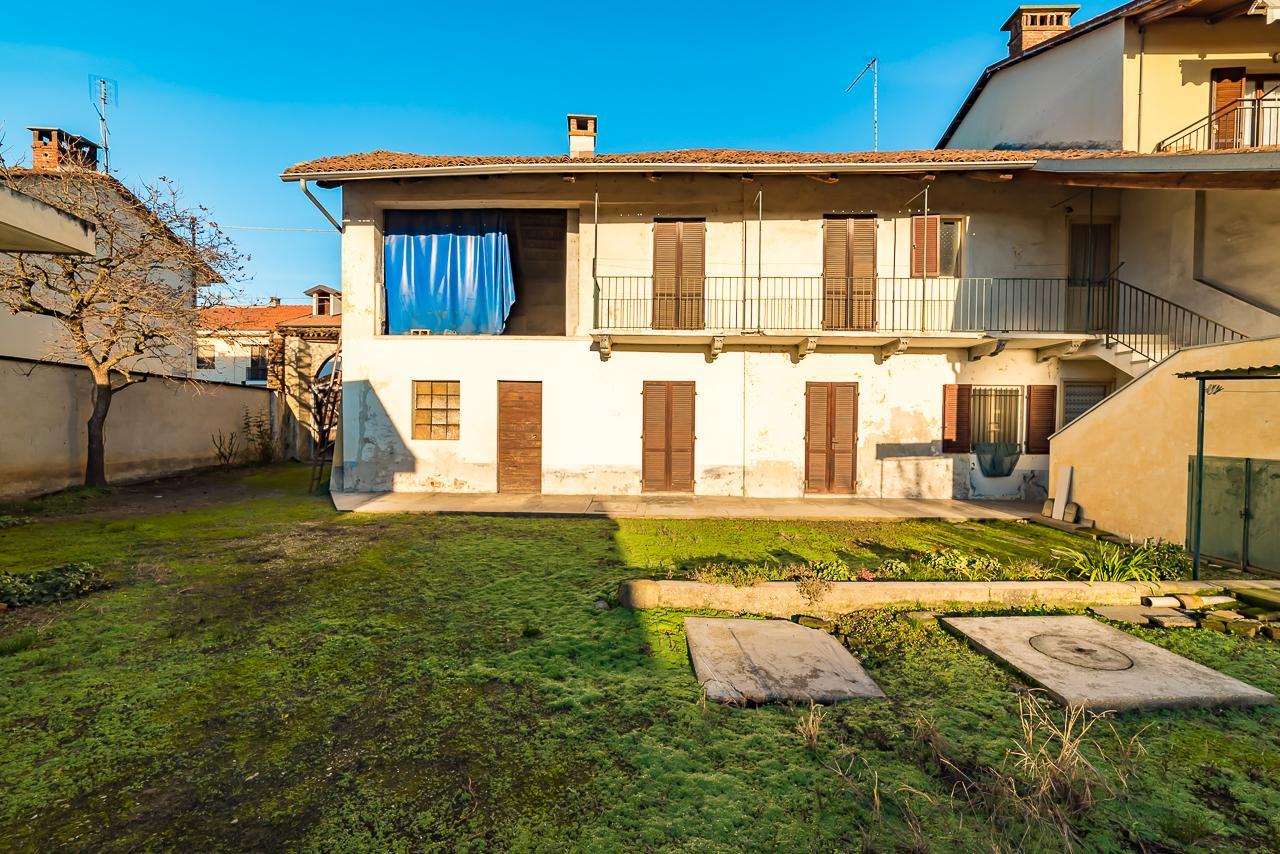 Foto 1 di Rustico / Casale Lombriasco