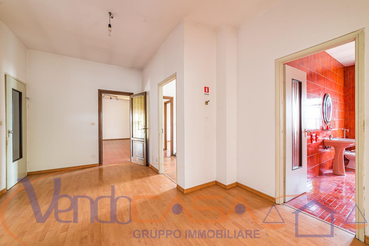 Foto 7 di Casa indipendente Torre San Giorgio