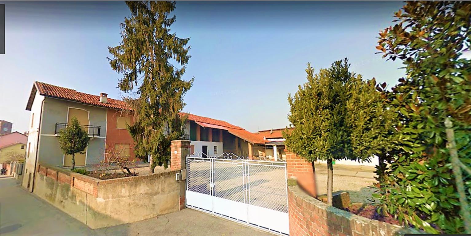 Foto 1 di Casa indipendente Ceresole Alba